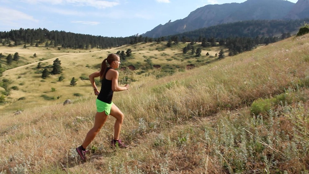 Hoe kun je het beste van een berg afrennen?  Tips voor een zo goed mogelijke Downhill running. (6/6)
