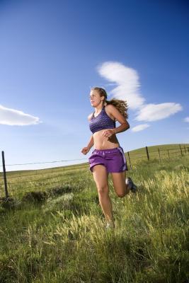 Hoe kun je het beste van een berg afrennen?  Tips voor een zo goed mogelijke Downhill running. (4/6)
