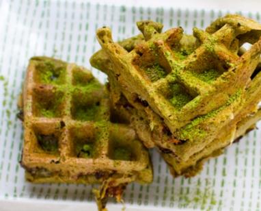 matcha-waffles-or-pancakes